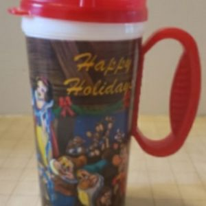 Show white and seven dwarfs travel cup.